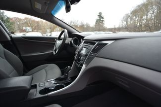 2015 Hyundai Sonata Hybrid Naugatuck, Connecticut 8