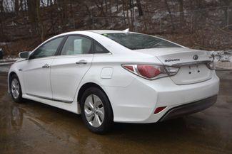 2015 Hyundai Sonata Hybrid Naugatuck, Connecticut 2