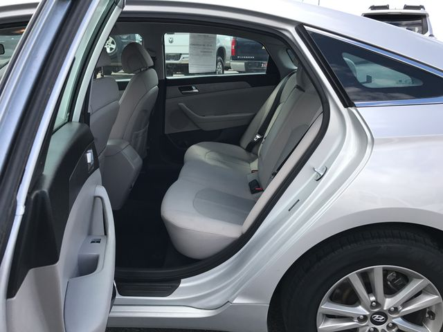 2015 Hyundai Sonata 2.4L SE Ogden, Utah 9