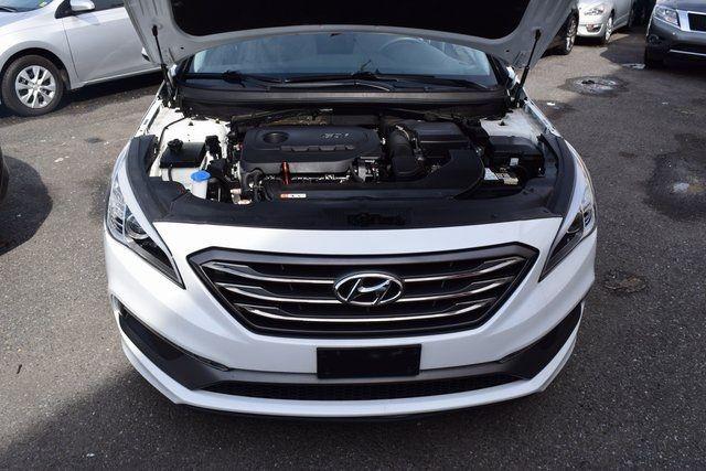 2015 Hyundai Sonata 2.4L Sport Richmond Hill, New York 3