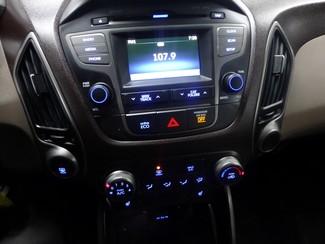 2015 Hyundai Tucson SE AWD W/BACK UP CAM Chicago, Illinois 23