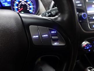 2015 Hyundai Tucson SE AWD W/BACK UP CAM Chicago, Illinois 26