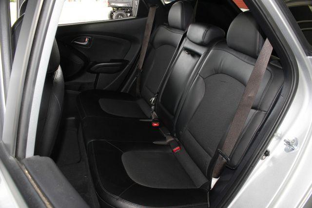 2015 Hyundai Tucson SE AWD - HEATED SEATS! Mooresville , NC 10