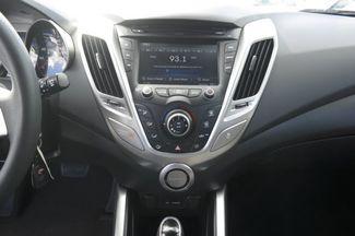 2015 Hyundai Veloster Hialeah, Florida 18