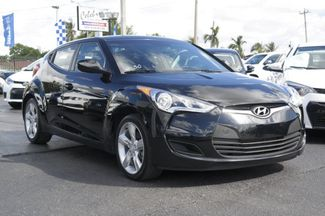 2015 Hyundai Veloster Hialeah, Florida 2
