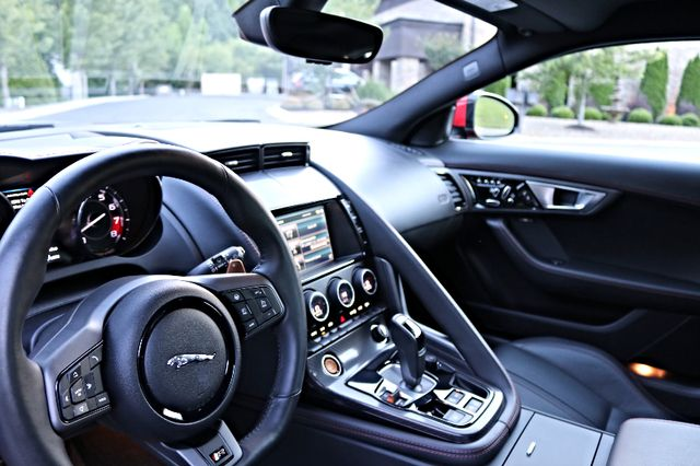 2015 Jaguar F-TYPE V8 R Mooresville, North Carolina 9