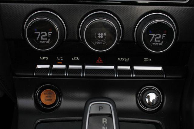 2015 Jaguar F-TYPE V8 S RWD - PERFORMANCE & PREMIUM PKGS! Mooresville , NC 34