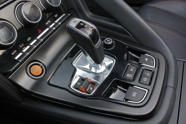 2015 Jaguar F-TYPE V8 S RWD - PERFORMANCE & PREMIUM PKGS! Mooresville , NC 35