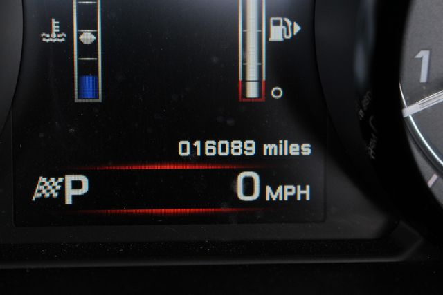 2015 Jaguar F-TYPE V8 S RWD - PERFORMANCE & PREMIUM PKGS! Mooresville , NC 36