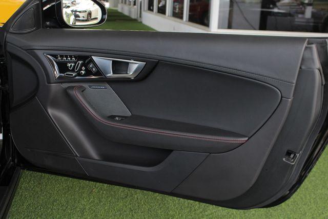 2015 Jaguar F-TYPE V8 S RWD - PERFORMANCE & PREMIUM PKGS! Mooresville , NC 51
