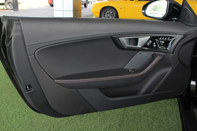 2015 Jaguar F-TYPE V8 S RWD - PERFORMANCE & PREMIUM PKGS! Mooresville , NC 50