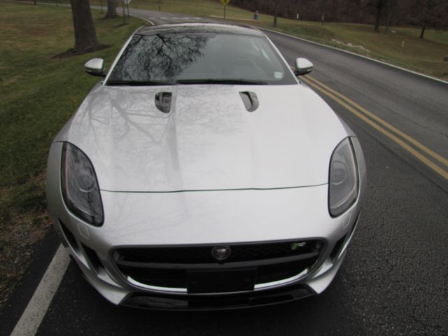 2015 Jaguar F-TYPE R  JAGUAR CERTIFIED 100k Warranty St. Louis, Missouri 4