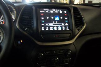 2015 Jeep Cherokee 4X4 Latitude Bentleyville, Pennsylvania 7