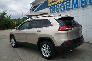 2015 Jeep Cherokee 4WD Latitude Bentleyville, Pennsylvania 8