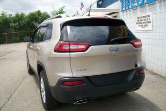 2015 Jeep Cherokee 4WD Latitude Bentleyville, Pennsylvania 25