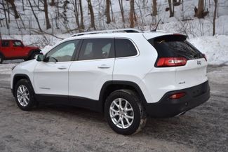 2015 Jeep Cherokee Latitude Naugatuck, Connecticut 2