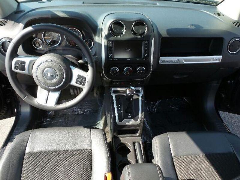 2015 Jeep Compass Latitude  in Victoria, MN