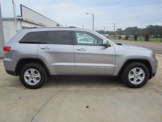 2015 Jeep Grand Cherokee Laredo Houston, Mississippi 3