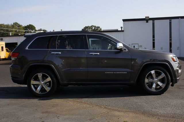 2015 Jeep Grand Cherokee Overland 4WD - V8 - ADVANCED TECHNOLOGY GROUP! Mooresville , NC 16