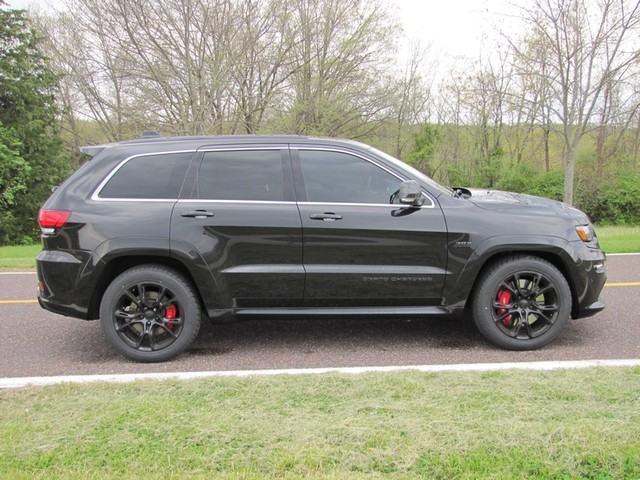 2015 Jeep Grand Cherokee SRT St. Louis, Missouri 8