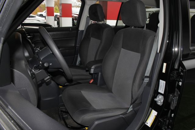 2015 Jeep Patriot Sport FWD - CONTINUOUSLY VARIABLE TRANSAXLE! Mooresville , NC 6