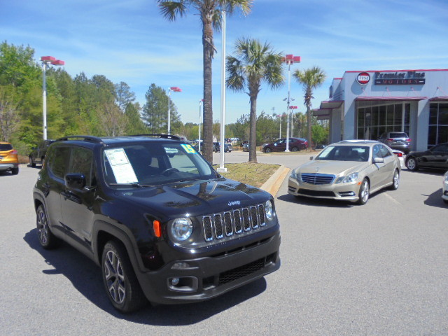 2015 Jeep Renegade Latitude DISCLOSURE Internet pricing is subject to change daily It is a BUY-O