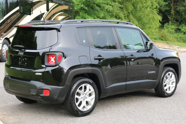 2015 Jeep Renegade Latitude Mooresville, North Carolina 5