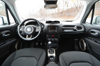 2015 Jeep Renegade Latitude Naugatuck, Connecticut 13
