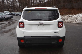 2015 Jeep Renegade Latitude Naugatuck, Connecticut 3