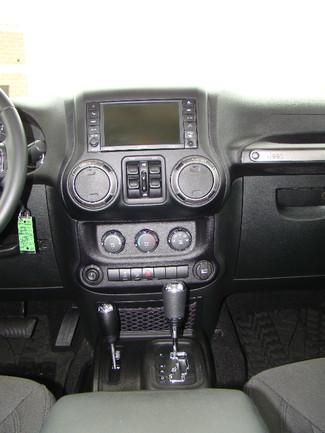 2015 Jeep Wrangler Unlimited Willys Wheeler Bettendorf, Iowa 15