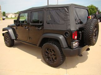 2015 Jeep Wrangler Unlimited Willys Wheeler Bettendorf, Iowa 4