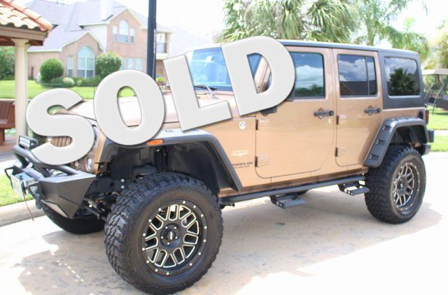 2015 Jeep Wrangler Unlimited Sahara Custom Houston, Texas 0