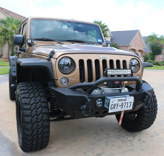 2015 Jeep Wrangler Unlimited Sahara Custom Houston, Texas 1