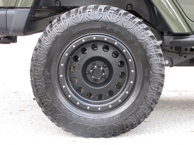 2015 Jeep Wrangler Unlimited Rubicon Hard Rock Jacksonville , FL 25