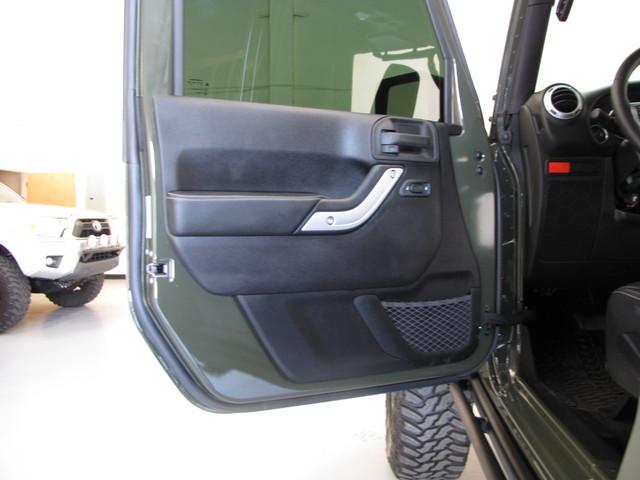 2015 Jeep Wrangler Unlimited Rubicon Hard Rock Jacksonville , FL 51