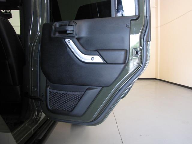 2015 Jeep Wrangler Unlimited Rubicon Hard Rock Jacksonville , FL 61