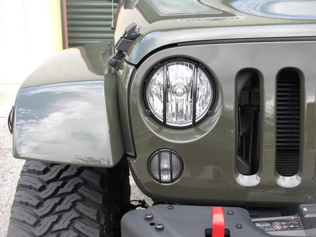 2015 Jeep Wrangler Unlimited Rubicon Hard Rock Jacksonville , FL 14