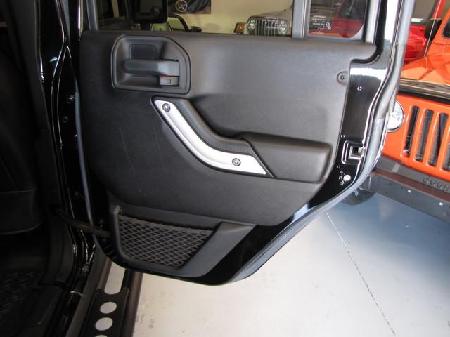 2015 Jeep Wrangler Unlimited Rubicon Jacksonville , FL 37