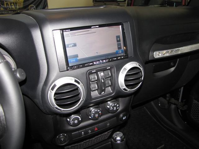 2015 Jeep Wrangler Unlimited Rubicon Jacksonville , FL 24