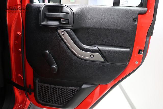 2015 Jeep Wrangler Unlimited Sport Merrillville, Indiana 25