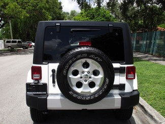 2016 Jeep Wrangler Unlimited Sahara Miami, Florida 3