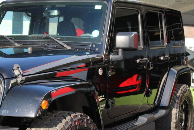 2015 Jeep Wrangler Unlimited Sahara 4x4 - LIFTED - $6K IN EXTRA$! Mooresville , NC 27