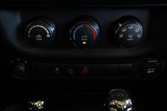 2015 Jeep Wrangler Unlimited Sport 4X4 - ROCKY RIDGE PHANTOM EDITION! Mooresville , NC 45
