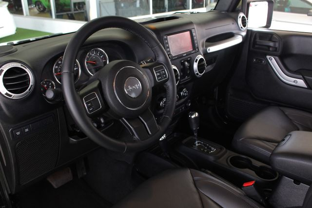 2015 Jeep Wrangler Unlimited Rubicon 4x4 - NAV - HEATED LEATHER - WHEELS! Mooresville , NC 32