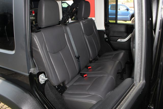 2015 Jeep Wrangler Unlimited Rubicon 4x4 - NAV - HEATED LEATHER - WHEELS! Mooresville , NC 14