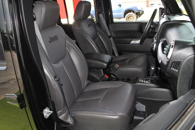 2015 Jeep Wrangler Unlimited Rubicon 4x4 - NAV - HEATED LEATHER - WHEELS! Mooresville , NC 15