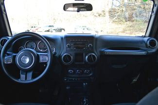2015 Jeep Wrangler Unlimited Sport Naugatuck, Connecticut 17