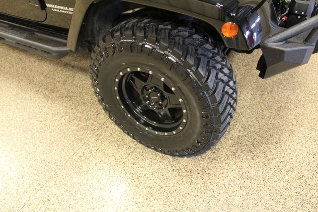 2015 Jeep Wrangler Unlimited Sahara Roscoe, Illinois 29
