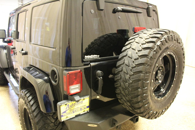 2015 Jeep Wrangler Unlimited Sahara Roscoe, Illinois 4