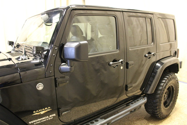 2015 Jeep Wrangler Unlimited Sahara Roscoe, Illinois 6
